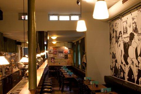jung und billig werbeagentur litfass bar gallerie1 - Litfass Bremen